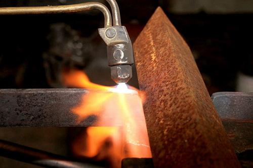 Газовая резка металла пропаном фото