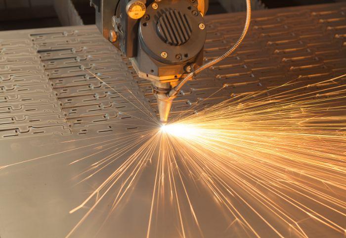 Лазерная резка металла, особенности и тонкости процесса